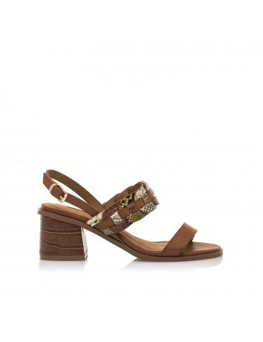 Scarpa donna con tacco marrone